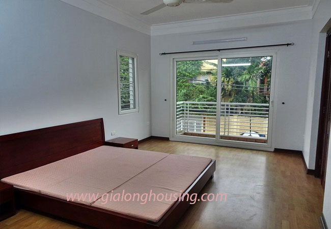 Nice house for rent in Dang Thai Mai street, Tay Ho district 14