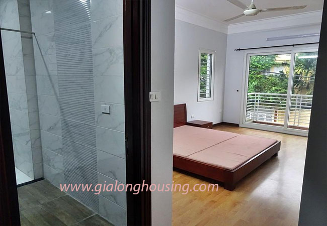 Nice house for rent in Dang Thai Mai street, Tay Ho district 15