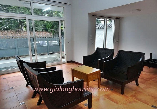 Nice house for rent in Dang Thai Mai street, Tay Ho district 5