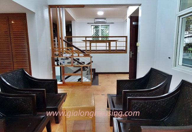 Nice house for rent in Dang Thai Mai street, Tay Ho district 7