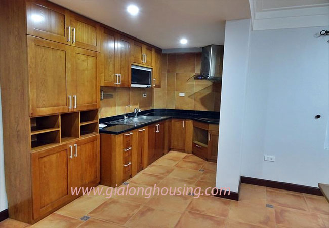 Nice house for rent in Dang Thai Mai street, Tay Ho district 9