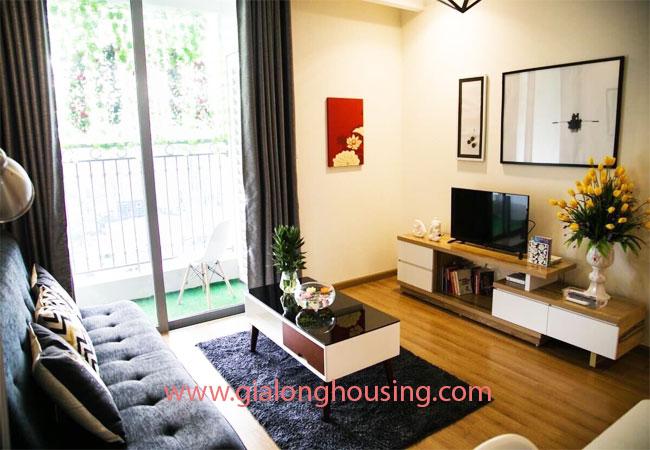 Two bedroom apartment for rent in Vinhomes Nguyen Chi Thanh, nice furnished 1