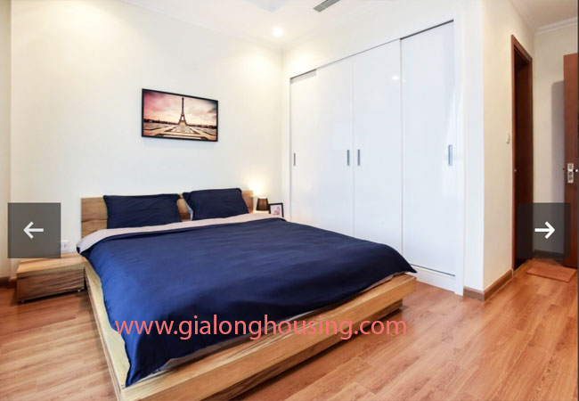 Two bedroom apartment for rent in Vinhomes Nguyen Chi Thanh, nice furnished 8