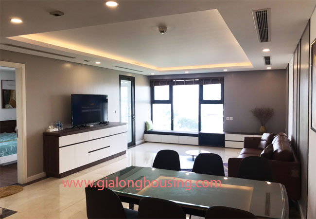 Apartment in D'.Le Roi Soleil Quang An for rent 1