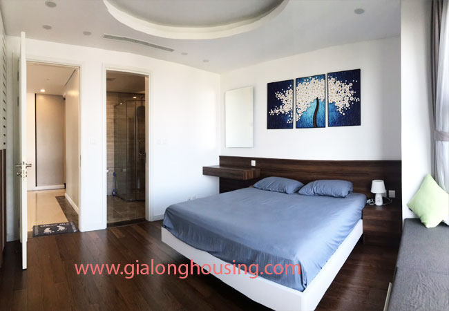 Apartment in D'.Le Roi Soleil Quang An for rent 11
