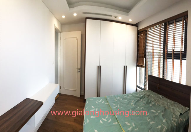 Apartment in D'.Le Roi Soleil Quang An for rent 8