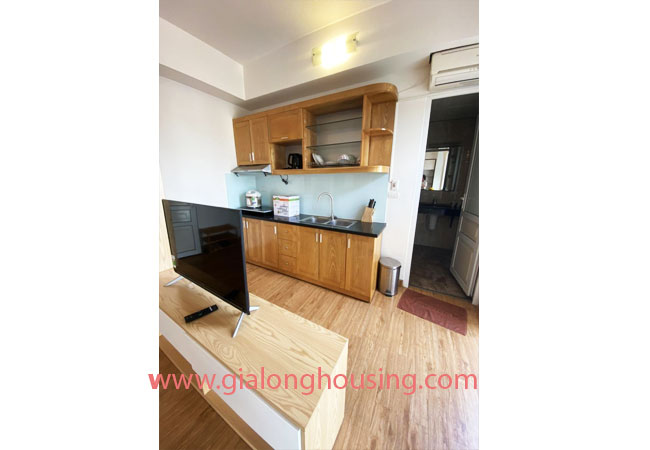 Fully furnished serviced apartment for rent in Lang Ha street 3