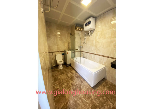 Fully furnished serviced apartment for rent in Lang Ha street 5