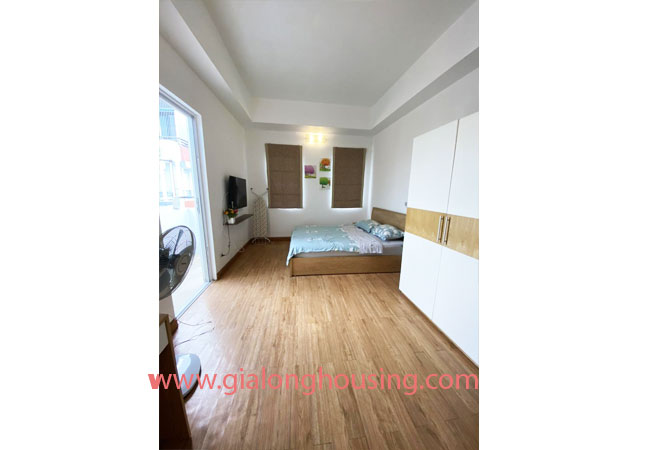 Fully furnished serviced apartment for rent in Lang Ha street 6