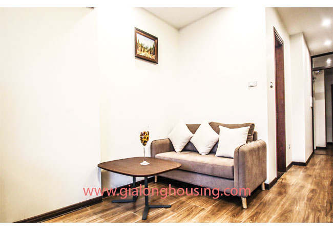 Cheap 02 bedroom apartment for rent in Truc Bach Area 3