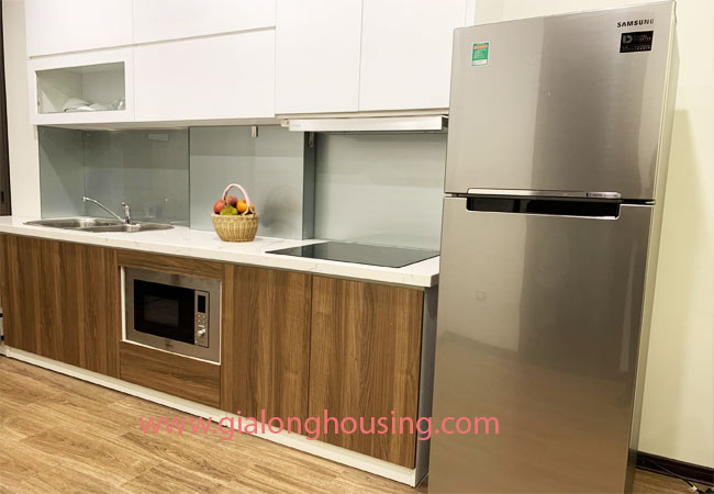 Cheap 02 bedroom apartment for rent in Truc Bach Area 5