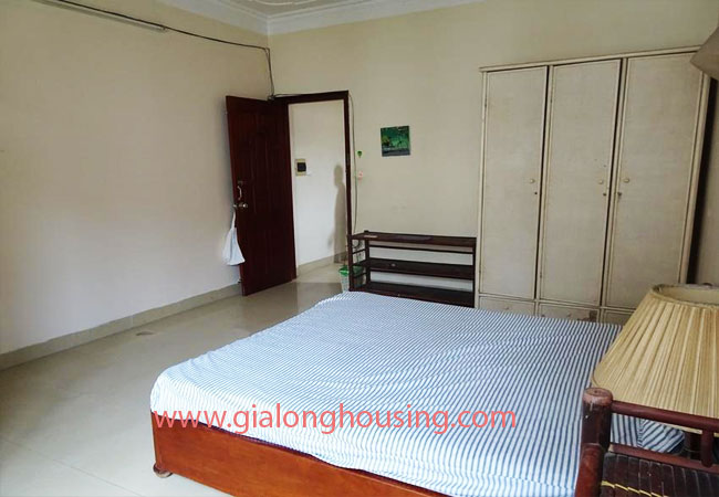 A cheap 4 bedroom house for rent in Tay Ho district 10