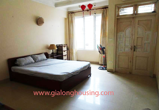 A cheap 4 bedroom house for rent in Tay Ho district 5
