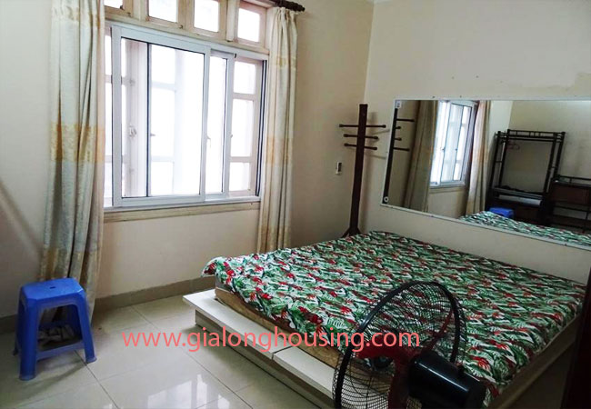 A cheap 4 bedroom house for rent in Tay Ho district 6