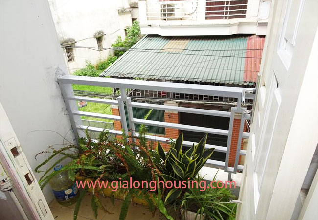 A cheap 4 bedroom house for rent in Tay Ho district 8