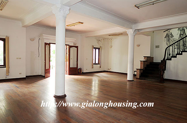 Very big unfurnished villa for rent on To Ngoc Van main road 12