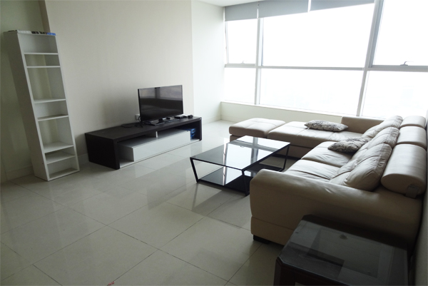 4 bedrooms apartment for rent in Landmark tower