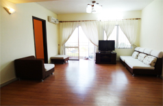 4 bedroom apartment in Ciputra ,700usd