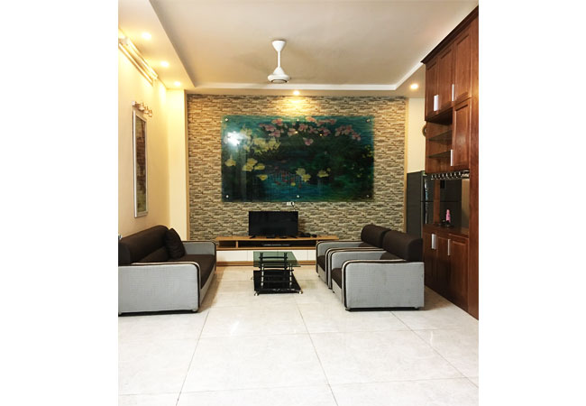 4 bedroom house for rent in AU Co street, roof terrace