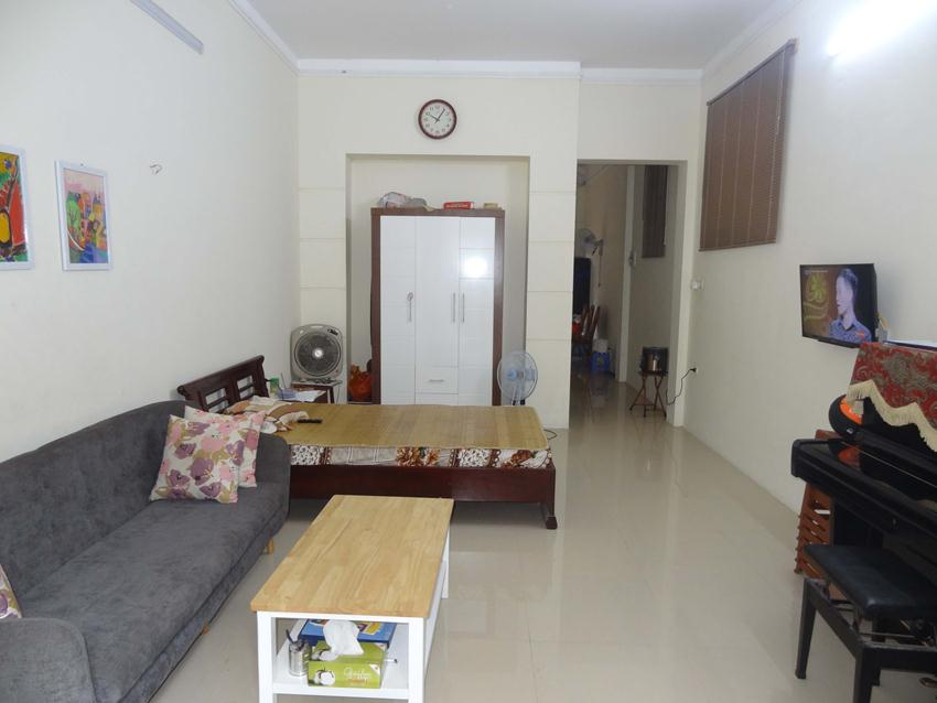4 bedroom house in Doi Can for rent