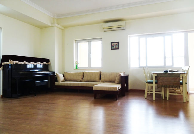 Apartment for rent in cau Giay Hanoi, 2bedooms