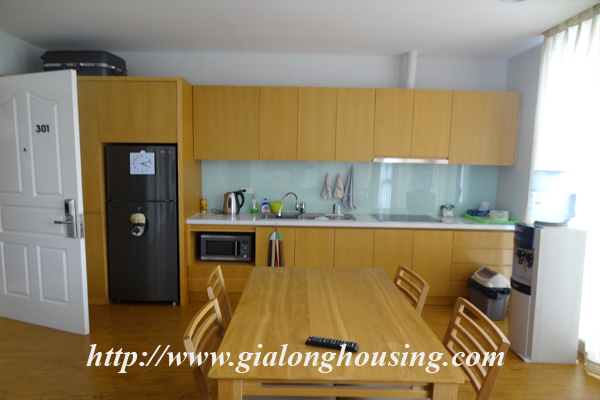 Apartment for rent in Tay Ho,lake view 4
