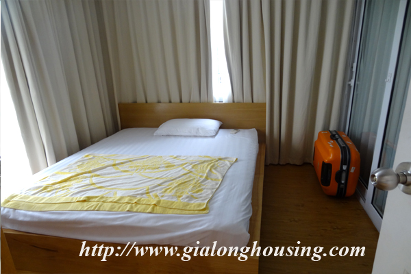 Apartment for rent in Tay Ho,lake view 11