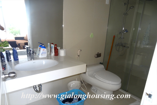 Apartment for rent in Tay Ho,lake view 12