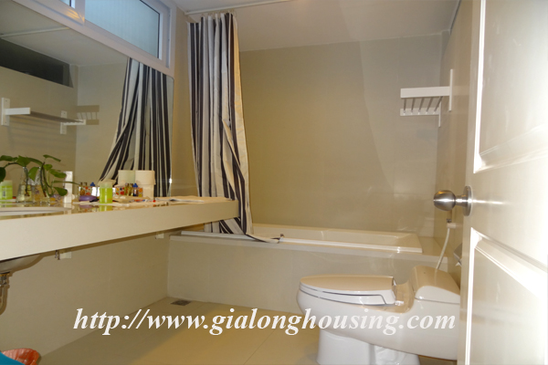 Apartment for rent in Tay Ho,lake view 8