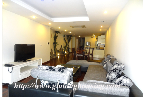 Apartment has a large balcony overlooking the lake for rent in Tay Ho, Hanoi 2