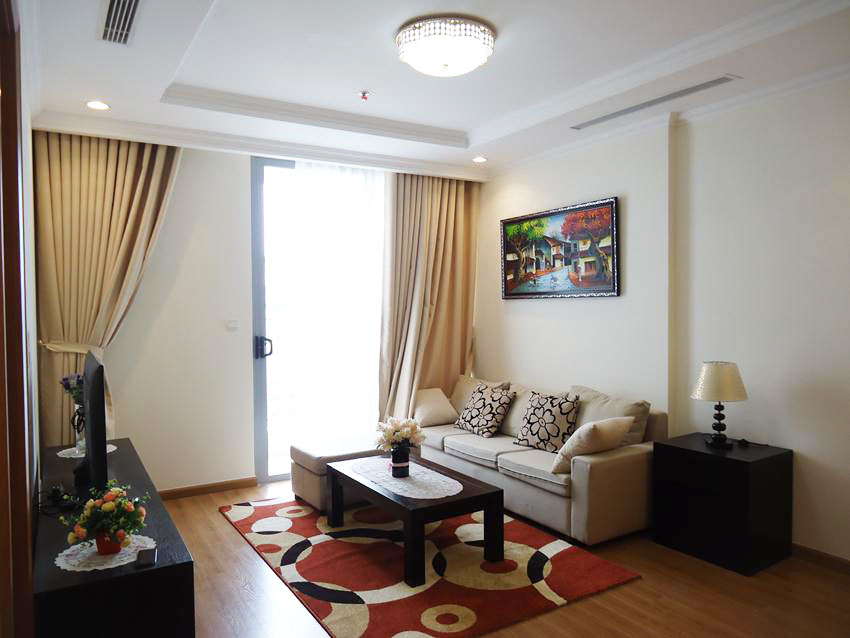 Apartment with 02 bedrooms in Vinhomes Nguyen Chi Thanh for rent