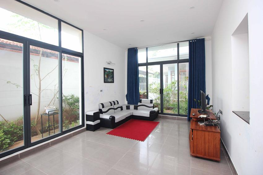 Beautiful garden house in Thuy Khue for rent