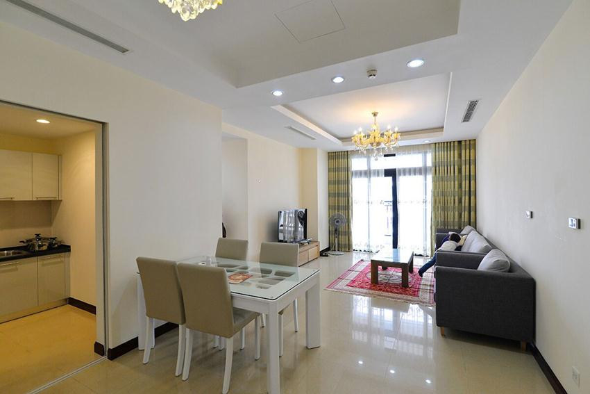 Big apartment in high floor of R5 building, Royal City