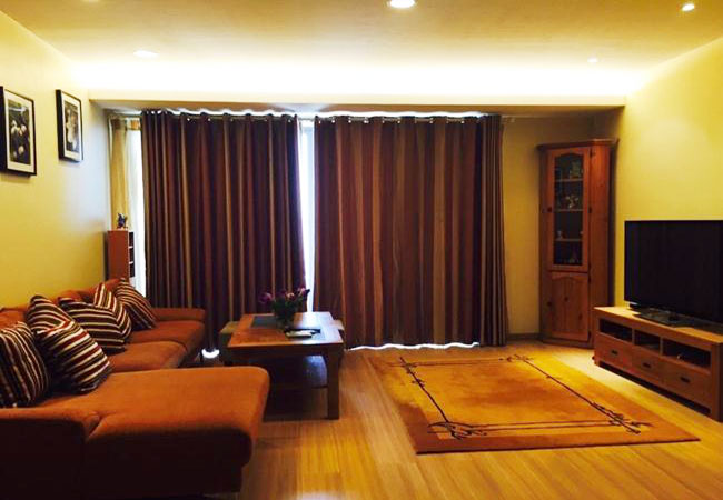 Big apartment in the high floor of Sky City 88 Lang Ha for rent