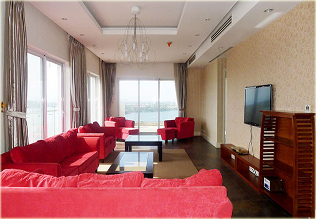 Big apartment with 04 bedrooms in Golden Westlake