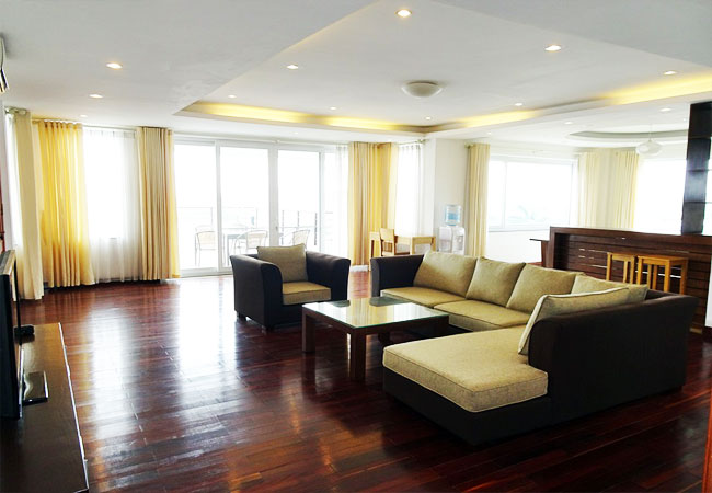 Big balcony & Spacious 03 bedroom apartment for rent in Quang Khanh street, Tay Ho