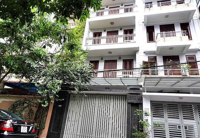 Big house with elevator for rent in Nguyen Hoang Ton