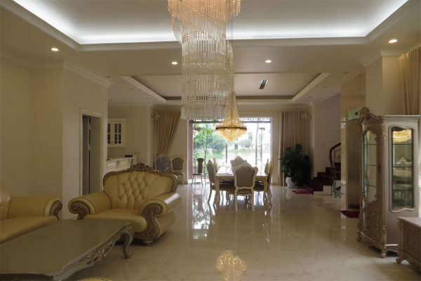 Big villa in Hoa Phuong area , Vinhomes Riverside Long Bien for rent