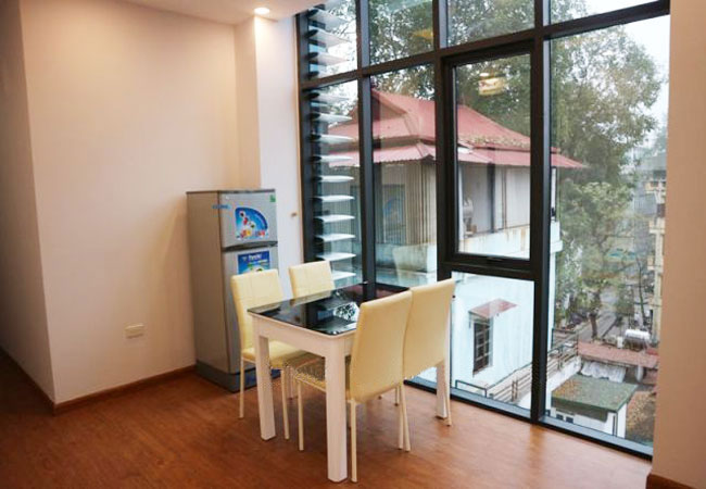 Brand new 01 bedroom apartment in Ly Nam De for rent