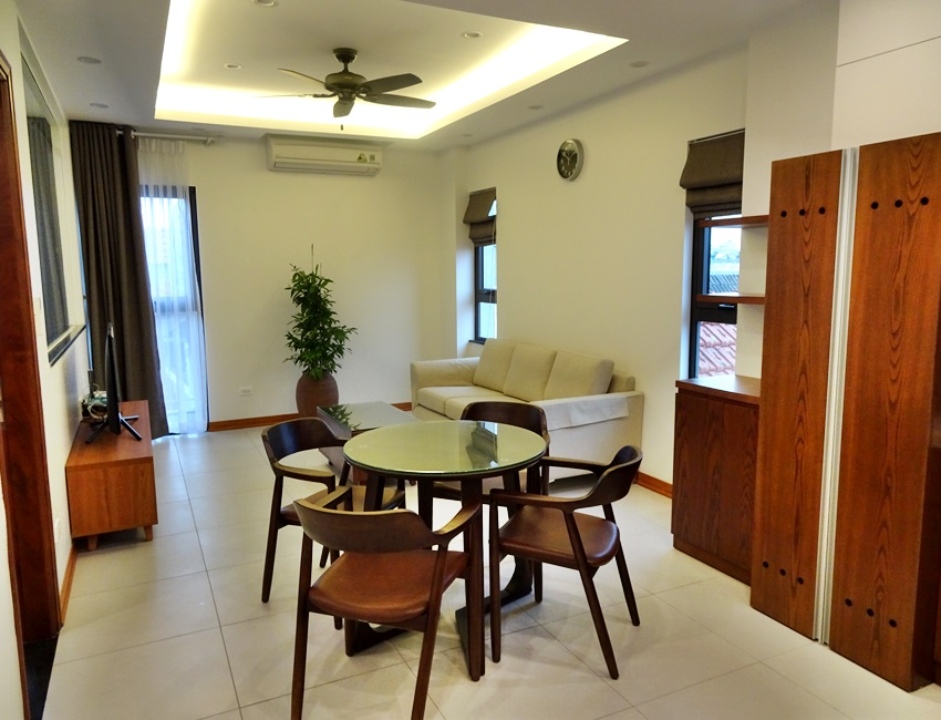 Brand new apartment for rent in Trinh Cong Son street