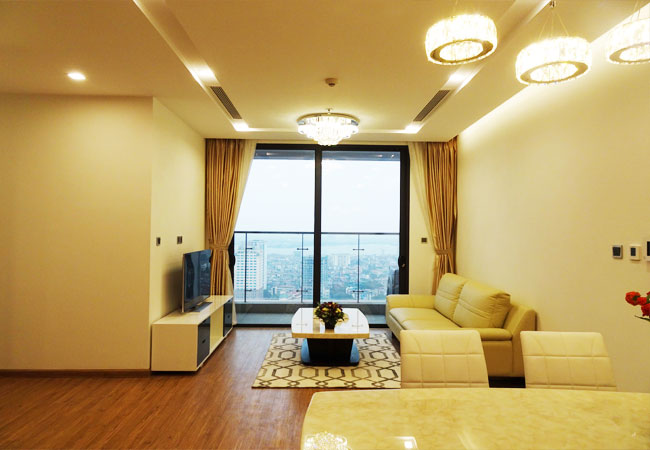 Brand new luxury apartment for rent in Vinhomes Metrpolis