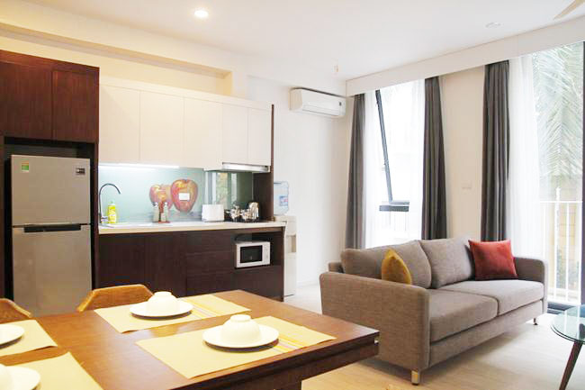 Brand new serviced apartment betwwen Ngoc Khanh lake and Thu Le park