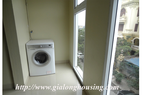 Brand new serviced apartment for rent in Dang Thai Mai street street 12