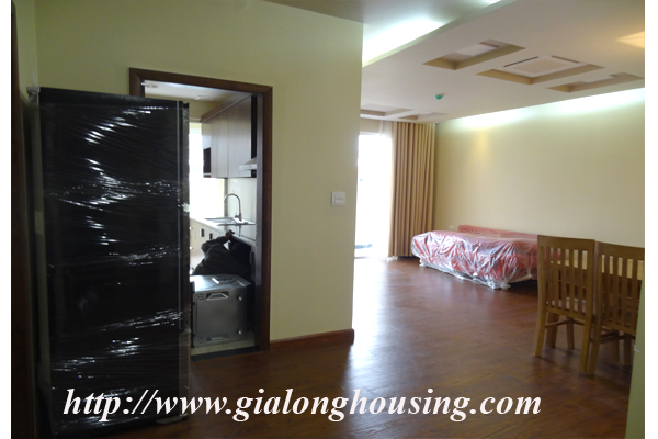 Brand new serviced apartment for rent in Dang Thai Mai street street 4