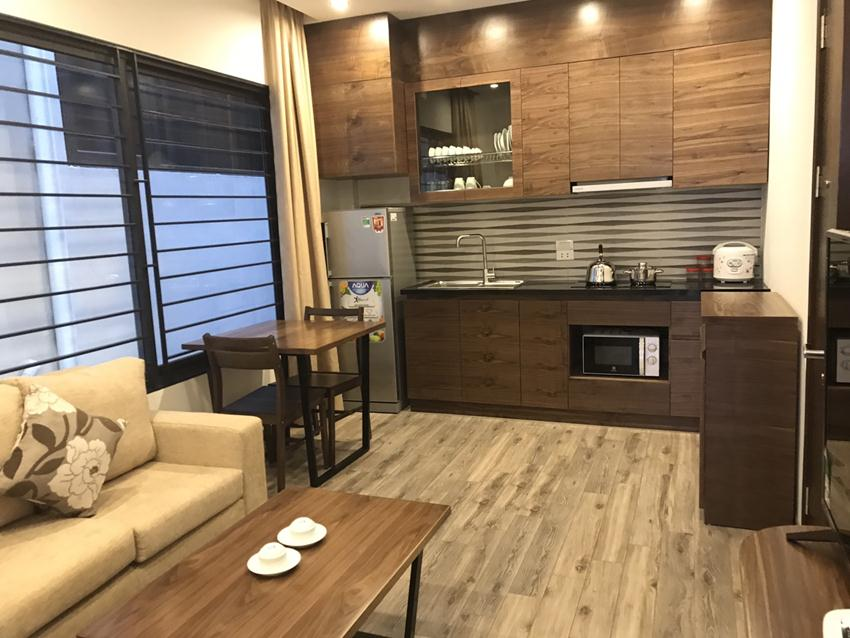 Brand new serviced apartment in Tran Quoc Hoan, Cau Giay for rent