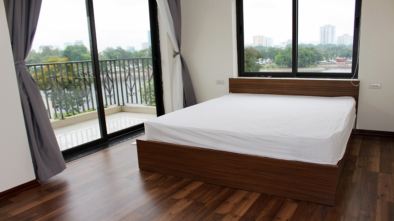 Brand new serviced apartment with big balcony and Ba Mau lakeview