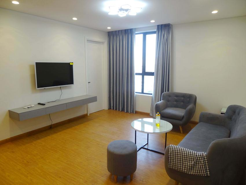 Bright 2 bedroom apartment in HongKong Tower - De La Thanh