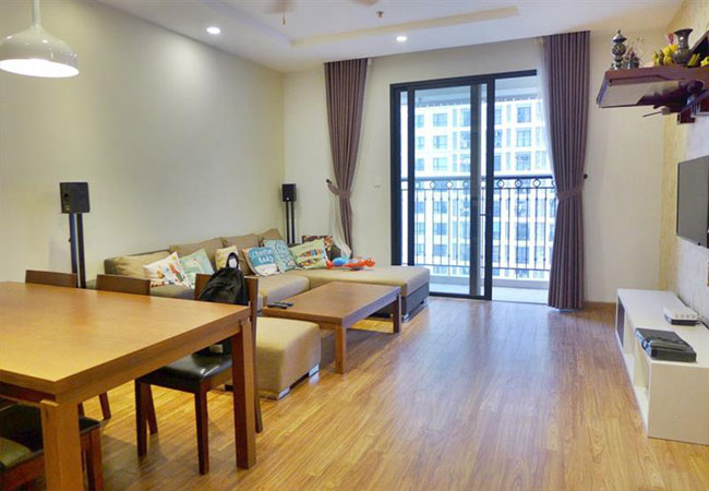 Bright and nice apartment for rent in Park Hill Times