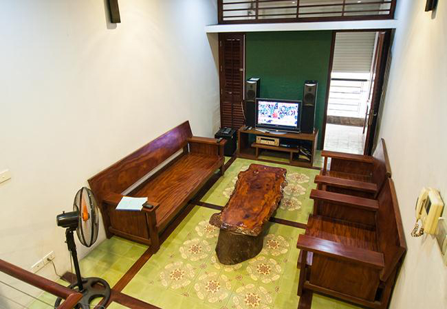 Comfortable and modern house in Nguyen Khanh Toan for rent