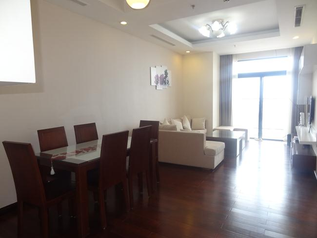 Comfortable apartment in high floor of R1 building for rent